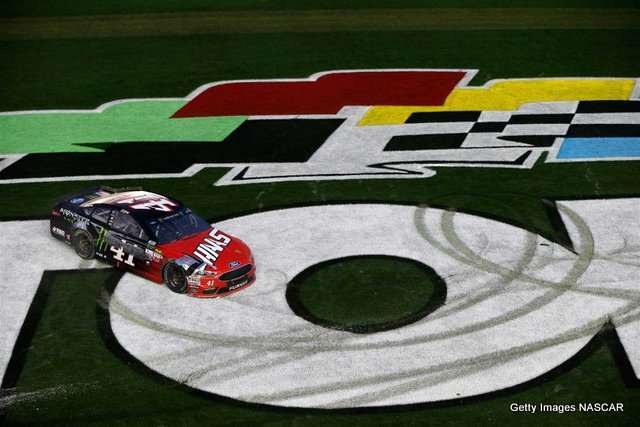 Kurt Bush Wins First Daytona 500 With Last Lap Pass